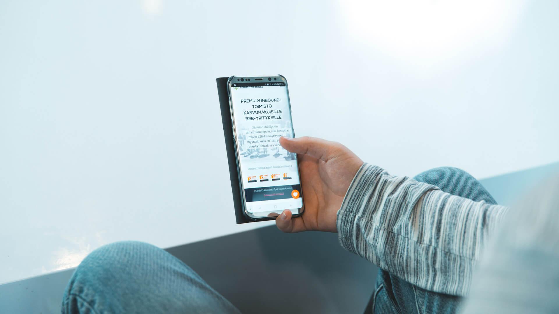 Google_palkitsee_mobiilioptimoidut_sivut
